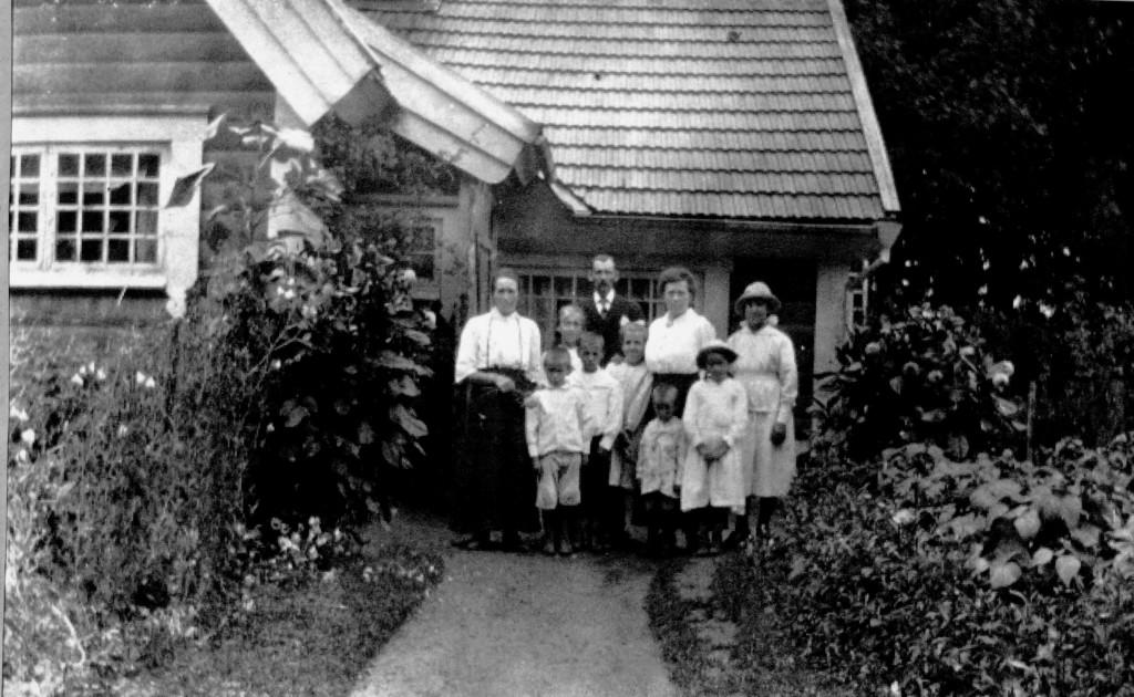 Fam Fahlström med 7 barn